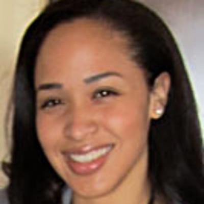 student news womens center honors keisha ashe
